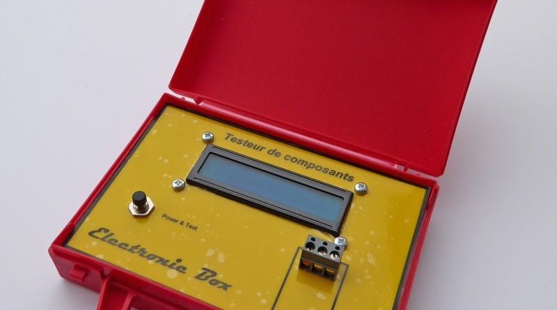 Nouvelle soirée de bricolage proposée : Une malette de test de composants électroniques