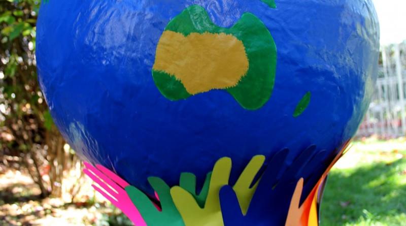 Globe terrestre peint 2