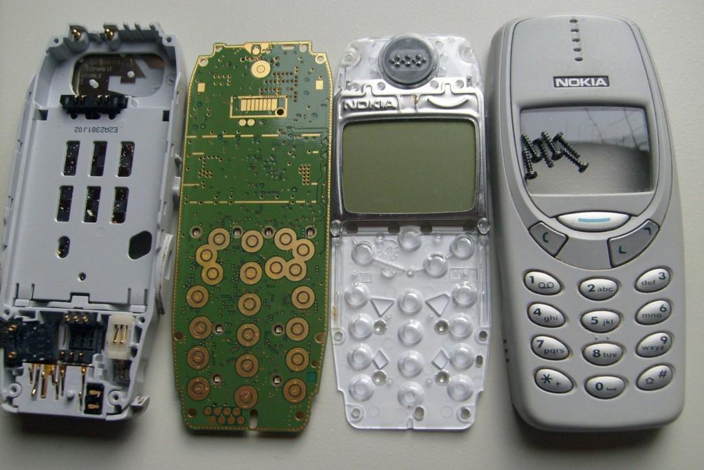 Démontage du Nokia 3410